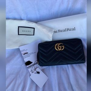 Gucci GG Marmont Matelassé Zip Around Wallet